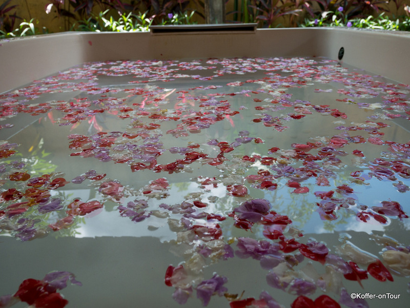 Sedona Spa, Ubud, Wellness, Bali, Massage, Blumenbad