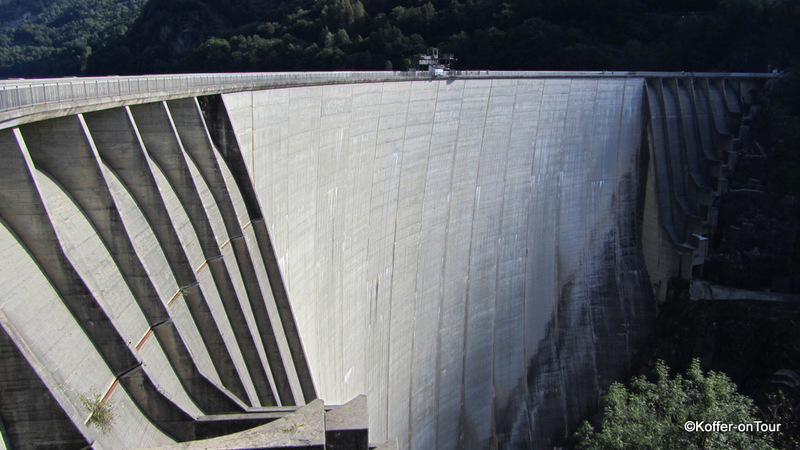 Staumauer von Verzasca