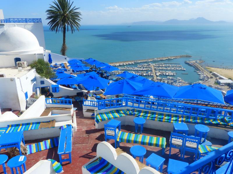 Sidi Bou Said, Cafe, Blaue Sonnenschirme