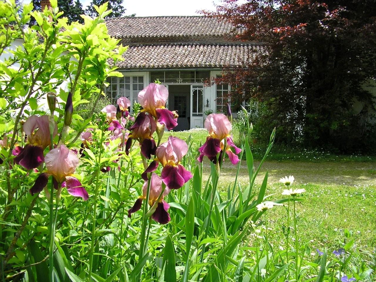 Le tour de la maison site de jardin de montfleuri for Au jardin de la tour