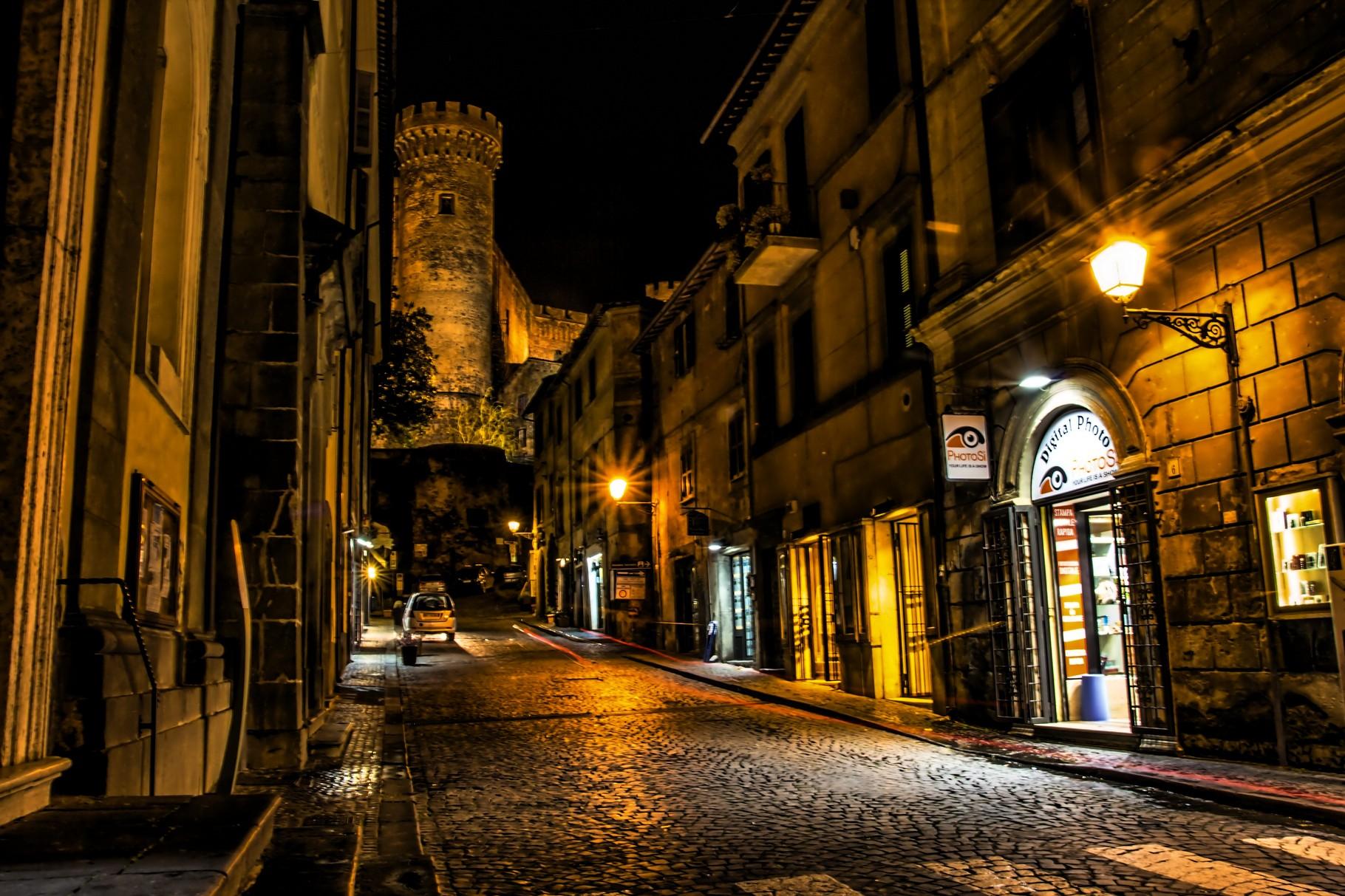 01_Bracciano bei Nacht.