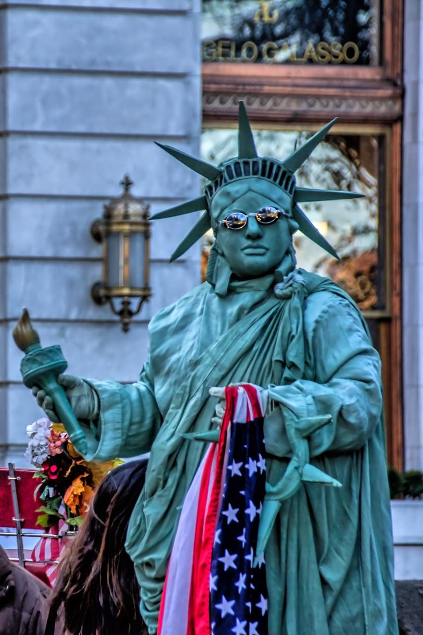 04_NYC Freiheitsstatue ;-) am Central Park.