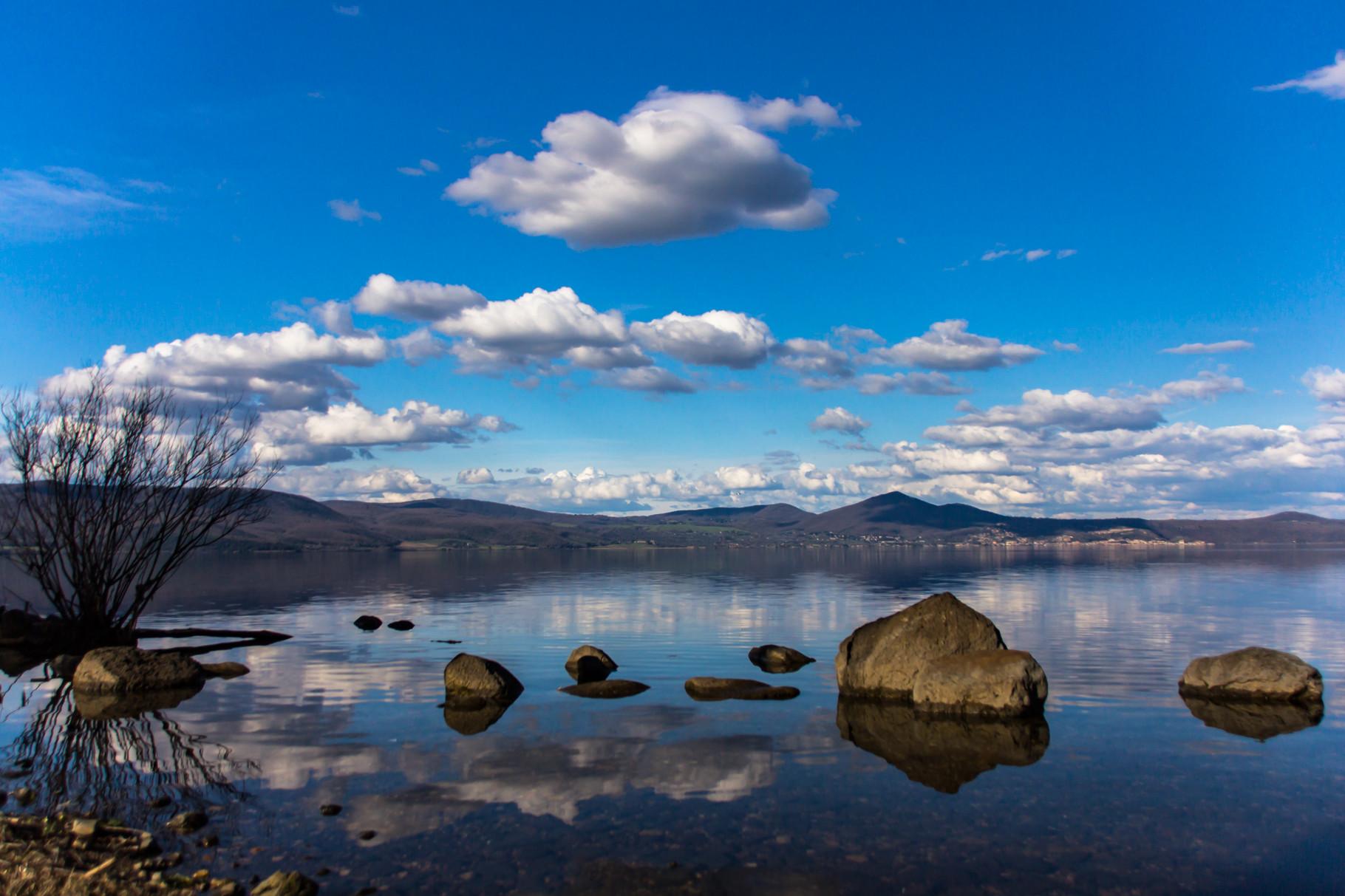 02_Bracciano Lake.