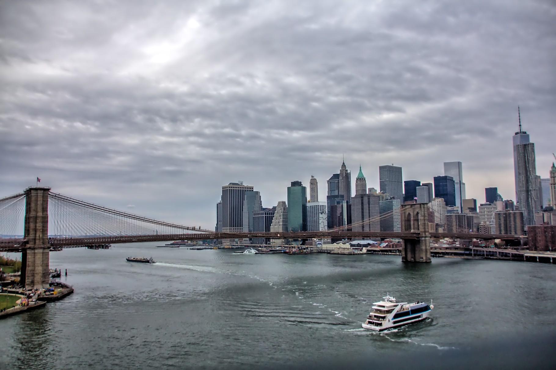 46_NYC Blick von Manhattan Bridge auf Brooklyn Bridge.