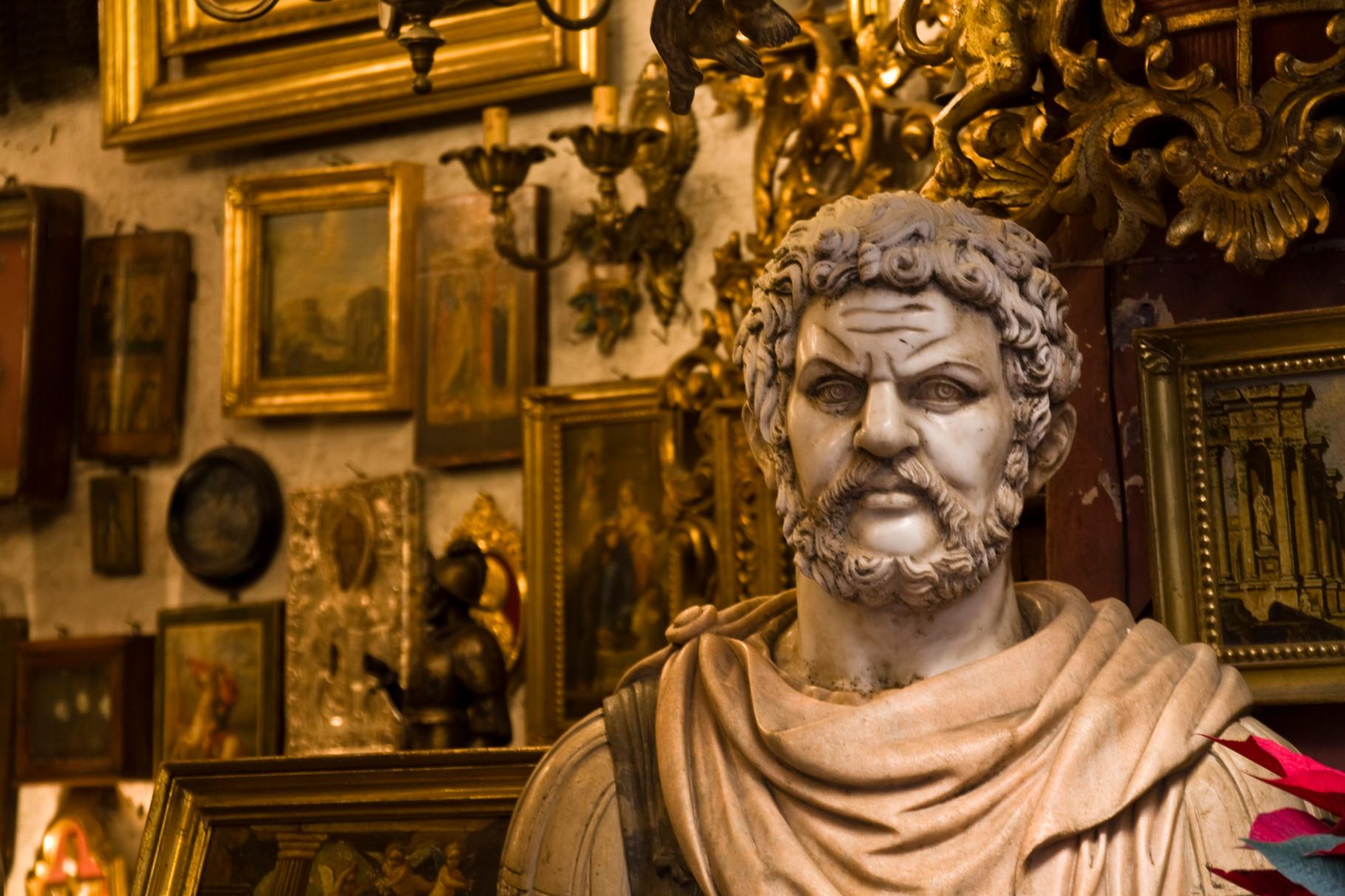 17_Rom - Antiquitätenladen.