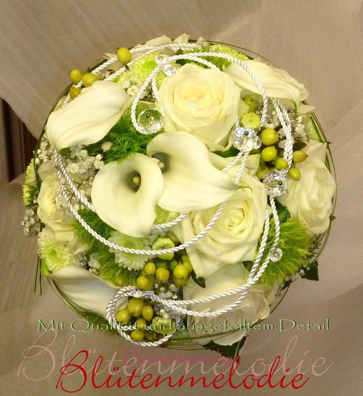 Brautstrauß rund