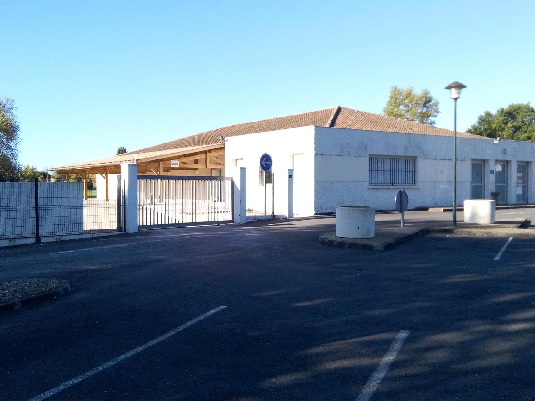 Salle communale Mayès