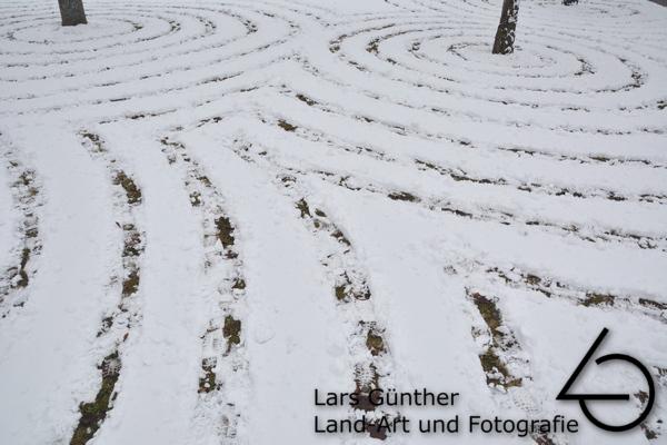 Januar 2021 Schneemuster - Eichstätt vor der Zentralbibliothek