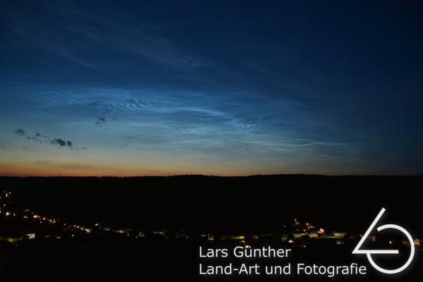 Leuchtende Nachtwolken über Konstein