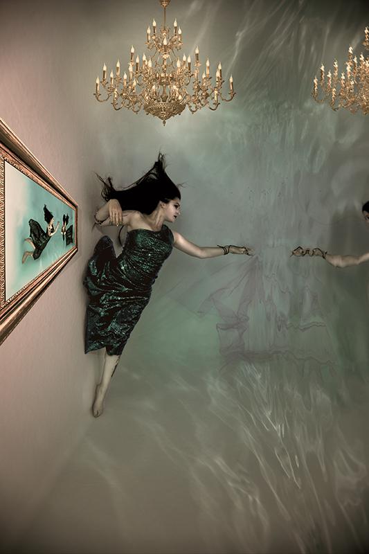Unterwasser Fashion Dessous Fotografie mit Model Erfurt Weimar