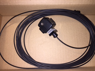 Light wire with plugs and hot shoe