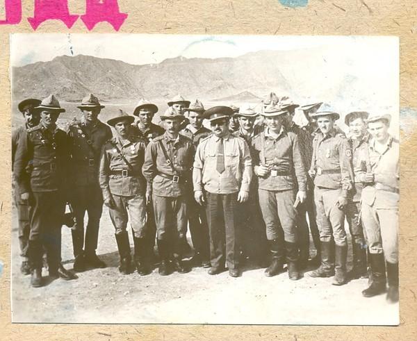 Командир 103-й гв. воздушно-десантной дивизии генерал-майор И.Рябченко
