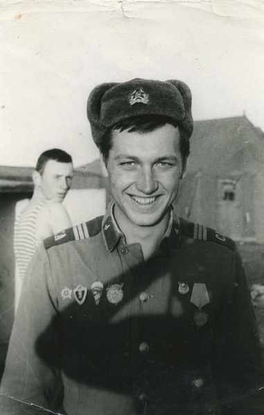 отважный разведчик сержант Игорь Нищенко