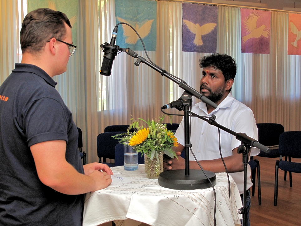 Saikumar Tharmalingam - Hindupriester - Haus der Religionen mit Niko RadioChico