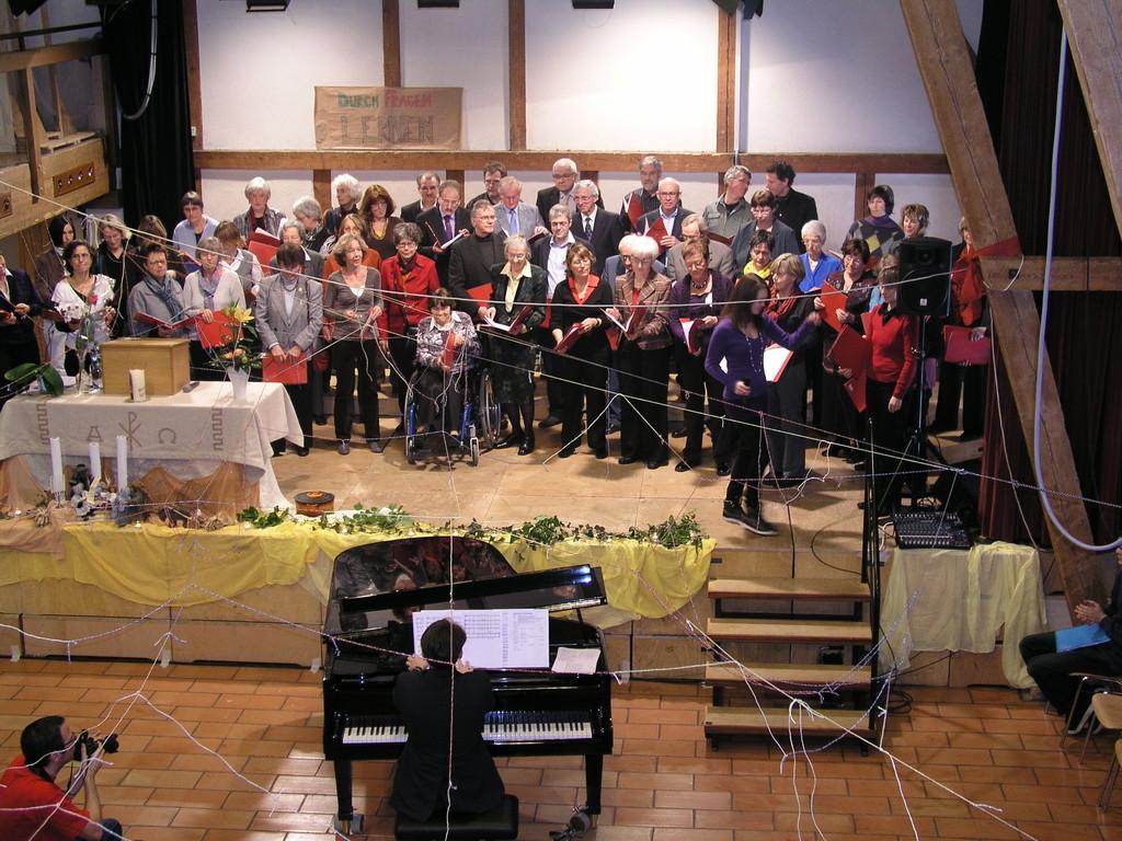 Lisa Läng und der Chor mit: Gabriela's Song