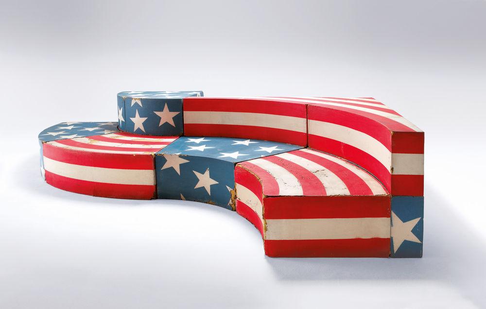 Moderne Couch im amerikanischen Stil 'Pop Art'