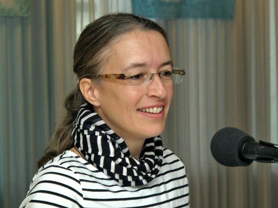 Nathalie Inniger - Mithilfe in Moderation für die französische Sprache