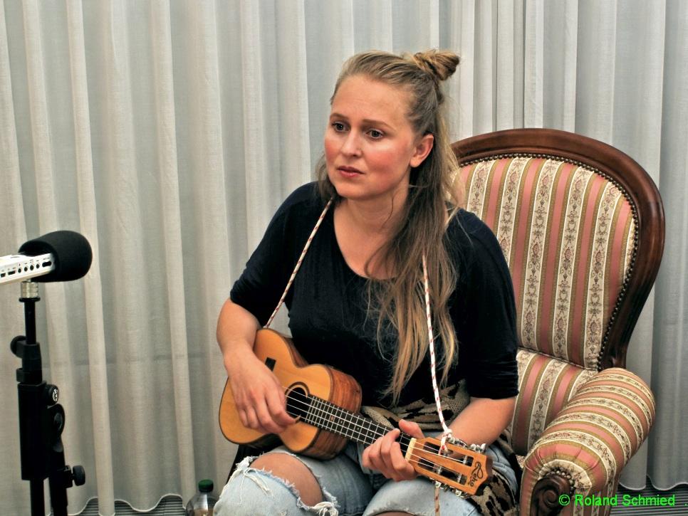 MOIRA, Musikerin