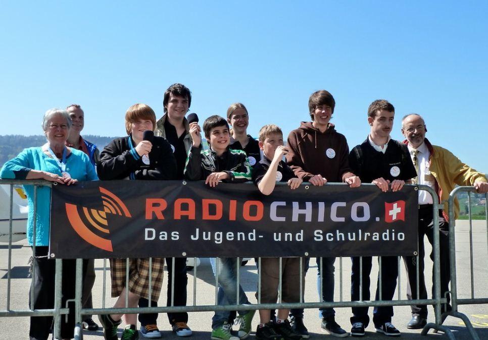 EAS 2011 - RadioChico Team