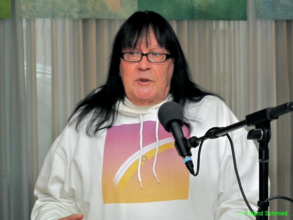 Urs Vanessa Sager, Vizepräsident:in InterAction Suisse, Vorstand habqueerbern