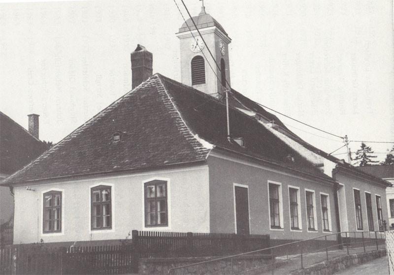 Die alte Volksschule Breitenwaida im Jahre 1984