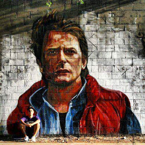 "Marty Mc Fly aus ""Back to the Future"" als Street Art."