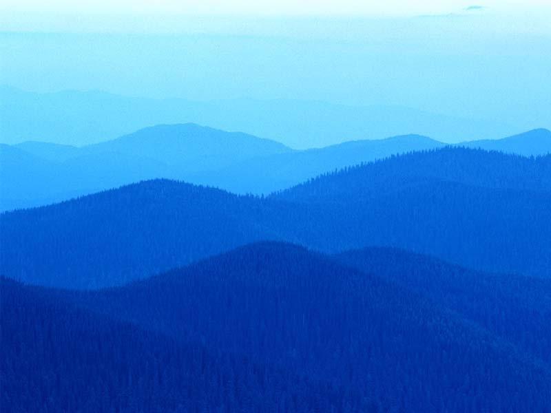 霊峰の山々