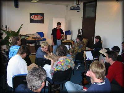 Workshop mit André Waldenmaier von Staufer Guitars