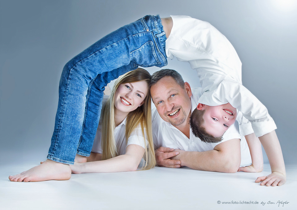 kinder familie familienfotos fotoshooting fotostudio. Black Bedroom Furniture Sets. Home Design Ideas