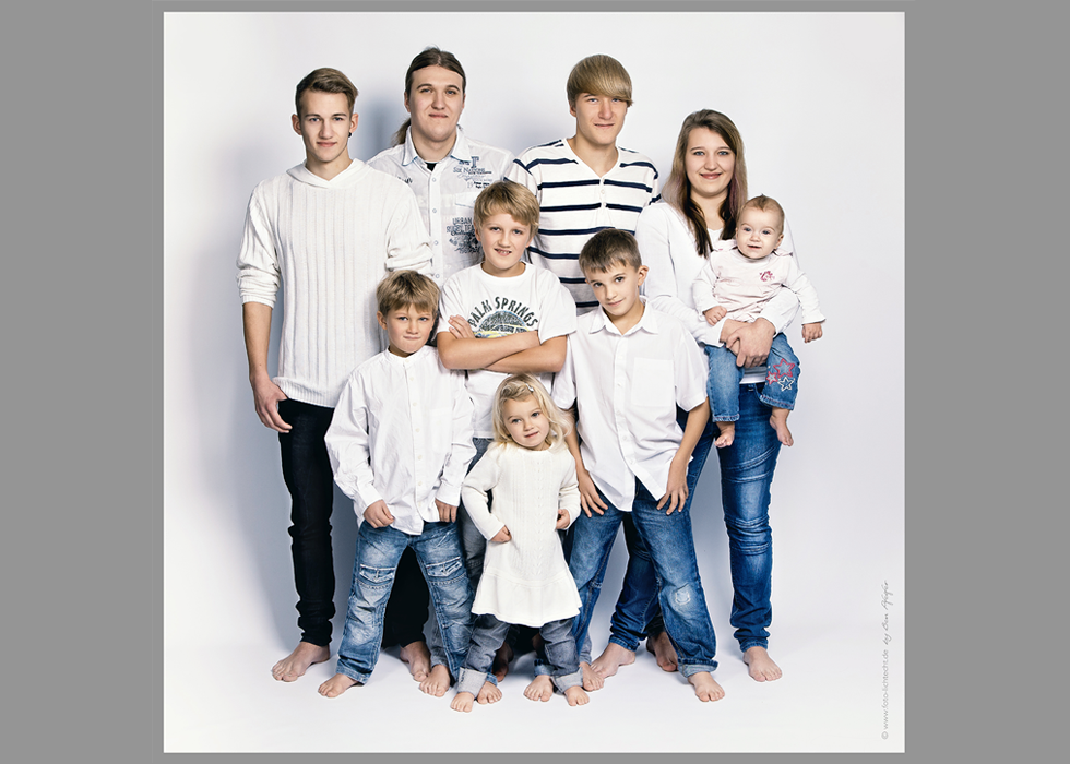 kinder familie familienfotos fotoshooting fotostudio kinderfotos fotostudio lichtecht. Black Bedroom Furniture Sets. Home Design Ideas