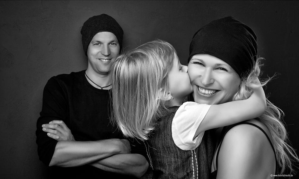 Kinder familie familienfotos fotoshooting fotostudio kinderfotos fotostudio lichtecht - Familienbilder ideen ...