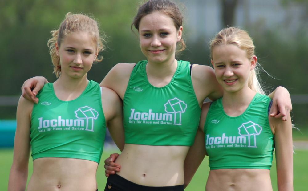 Erfolgreiche Springerinnen Lena Albrecht, Klara Kempter und Eva Reitenauer 2013