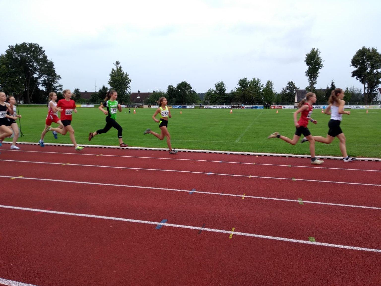 Madeleine läuft unter 2:50min über 800m