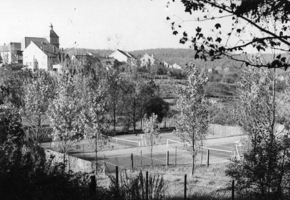 Tennisanlage um 1960