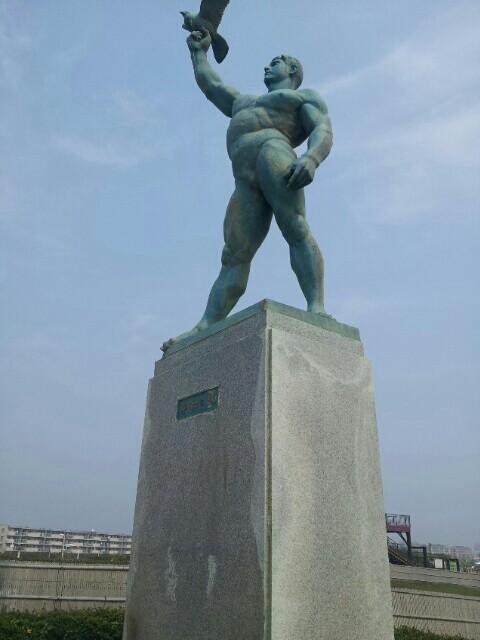 江ノ島の銅像