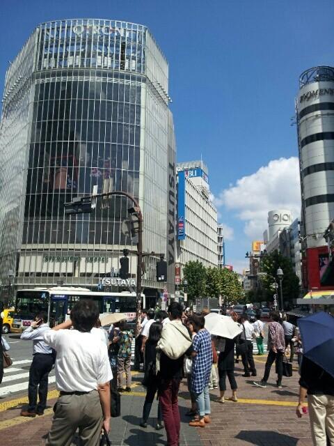 渋谷駅前。