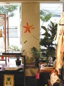 「TOUSSI」 店鋪 店頭店内壁画 2002