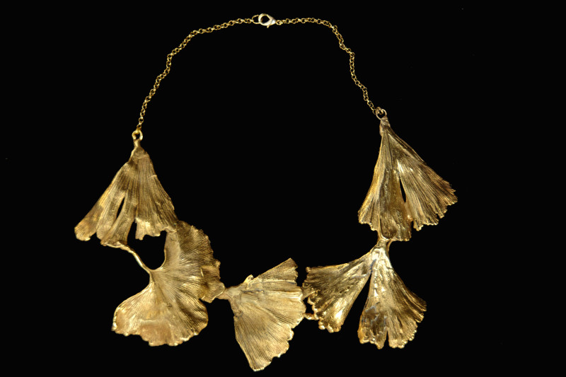 Gingko leaf necklace, copper bathed in fine gold