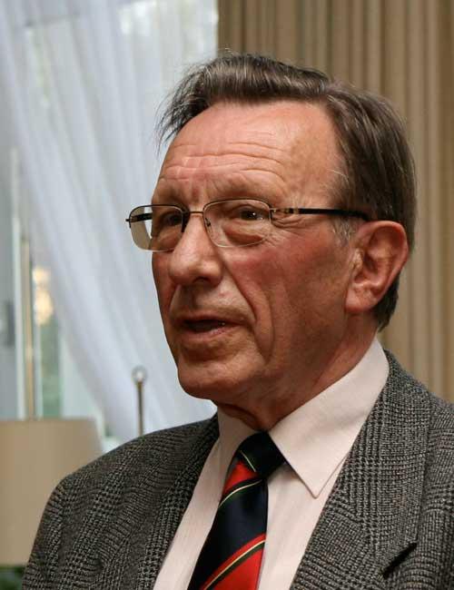 Heinrich Rathke - ehem. Landesbischof Mecklenburg-Vorpommern - Colloquium 2000