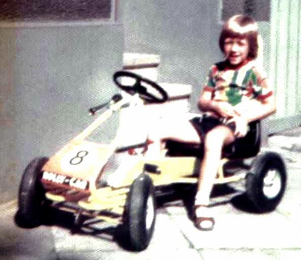 Das erste eigene Auto, Man, was habe ich mein Kettcar geliebt. Gefahren bis zum Schrott. Heute ist die Firma leider wiederholt insolvent.