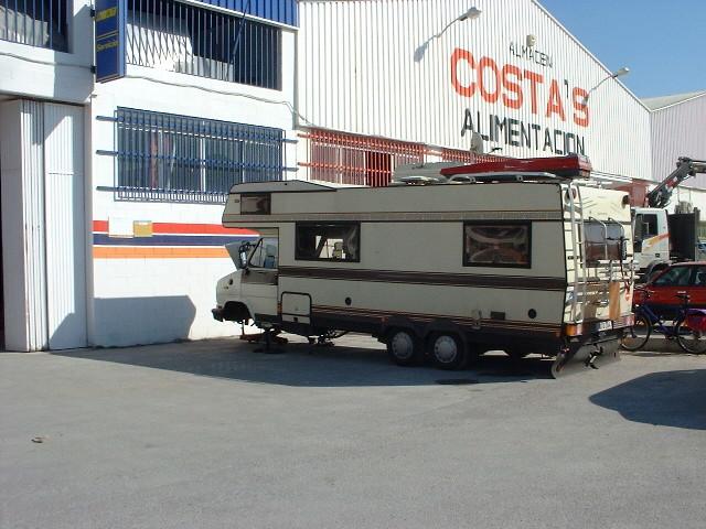 Moppel in Oliva, Spanien, Getriebe in 4 Tagen repariert.....