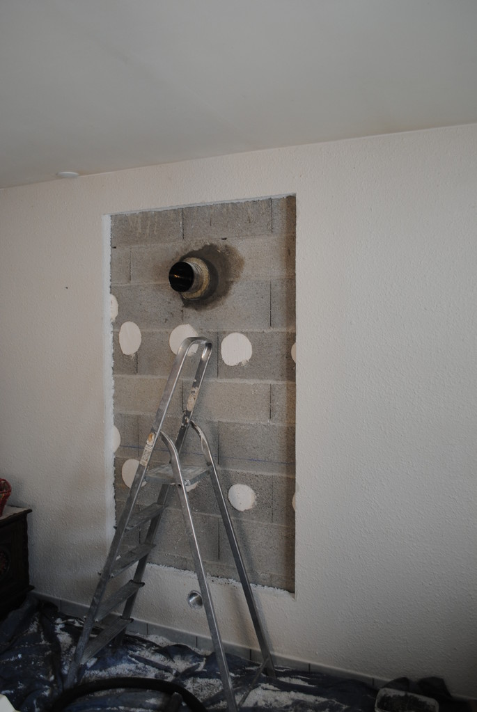 Dépose du placo existant et création de la cheminée