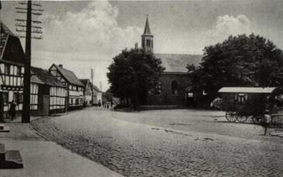 Siegburg-Mülldorf um 1900 - Marktplatz mit Kirche und Hauptstraße