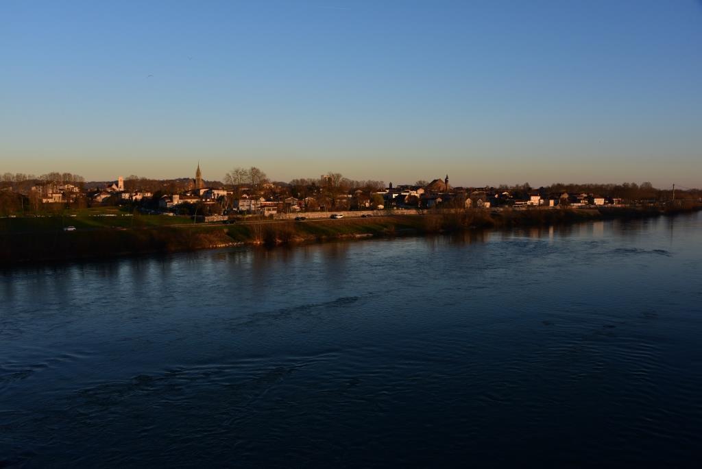 Agen vue du pont-canal