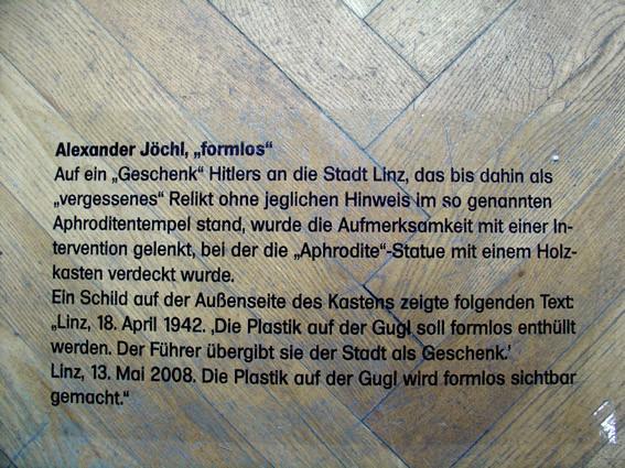 "Ausstellung ""best off"", Hohlräume der Geschichte"