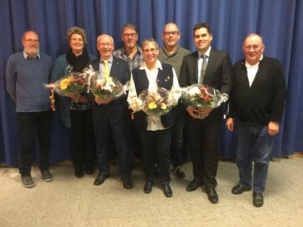 Sahlenburg: Ortsbürgermeister Herbert Kihm (3. von links)