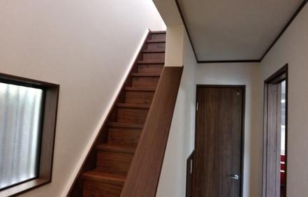 フローリング貼替え・クロス張替え・階段