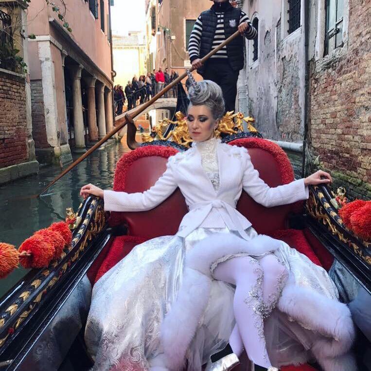 venice-carnival-makeup