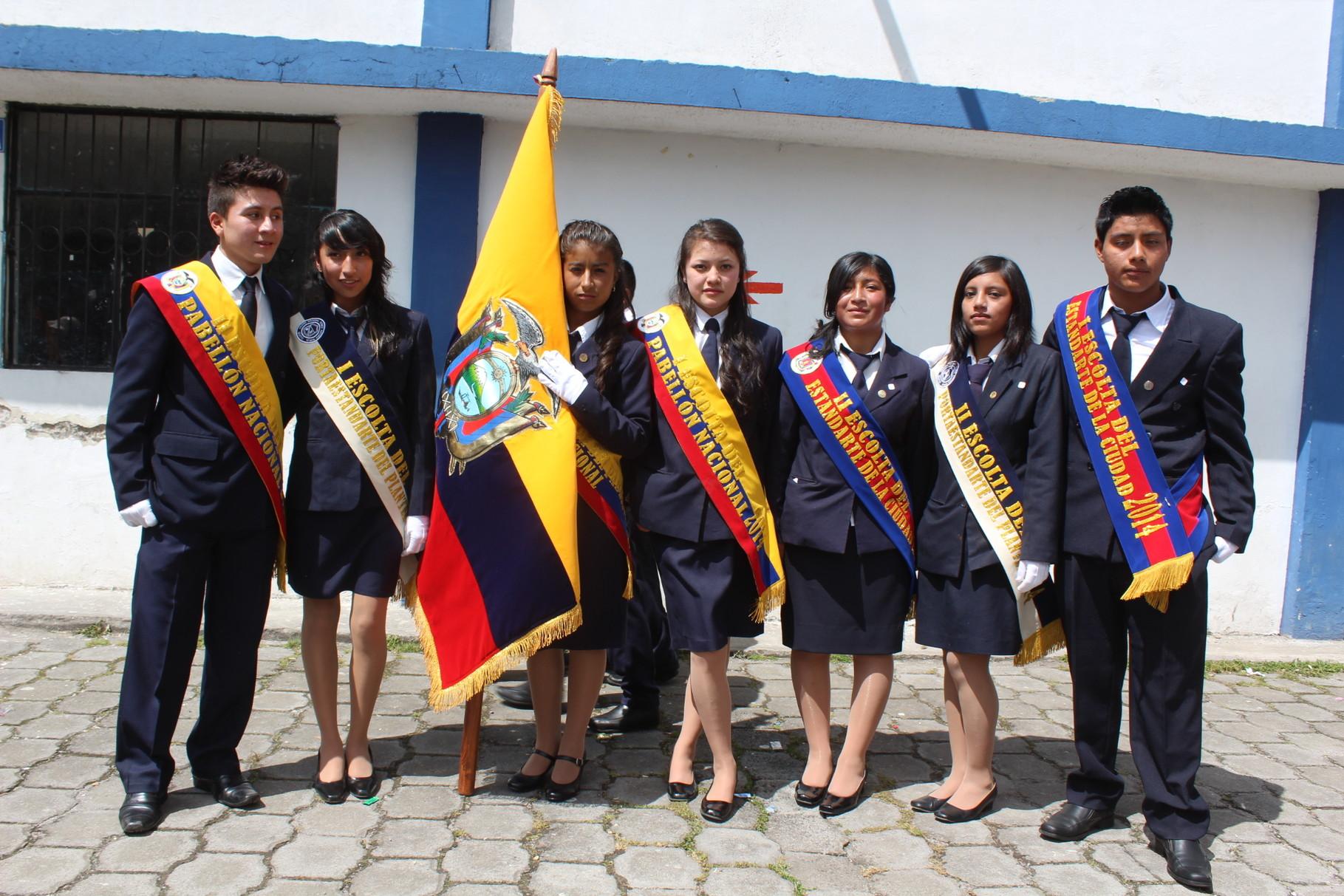 Erick Remache, Glenda Hurtado, Melissa Valverde, María Belén Orellana, Karina Díaz, Cinthia Baquilema, Jefferson de la Cruz