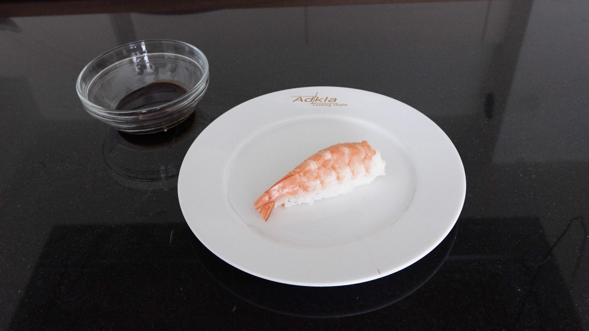 Nigiri sushi met garnaal